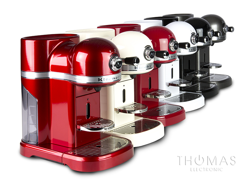 KitchenAid Artisan Nespresso und Aeroccino 3 in Empire Rot - Thomas ...